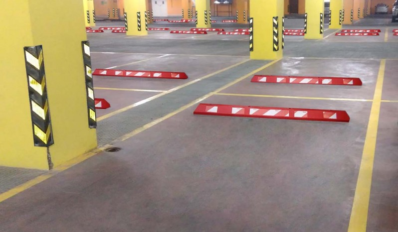 Reinforced Polymer Parking Block full